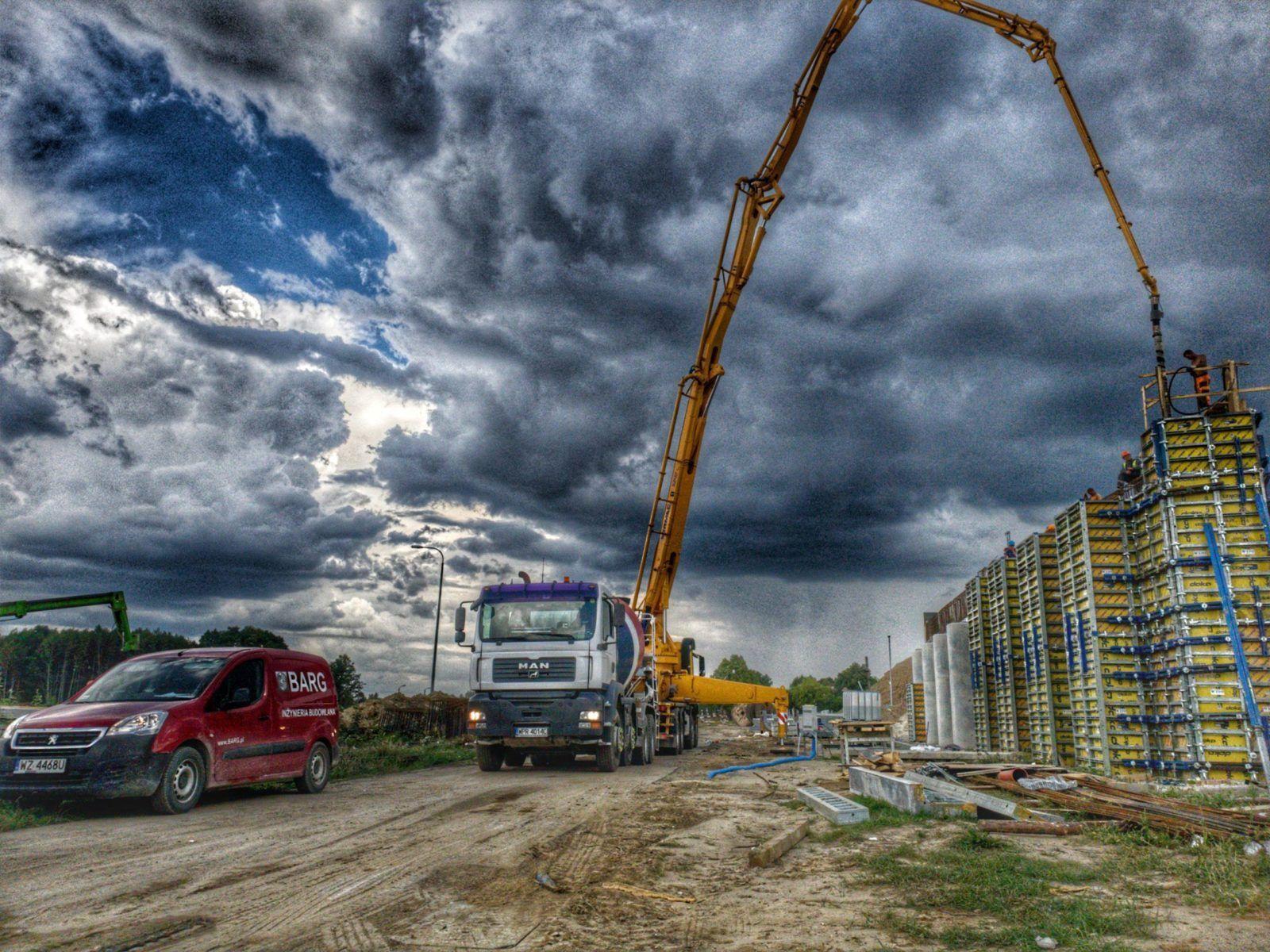 Projekt i budowa drogi ekspresowej S2