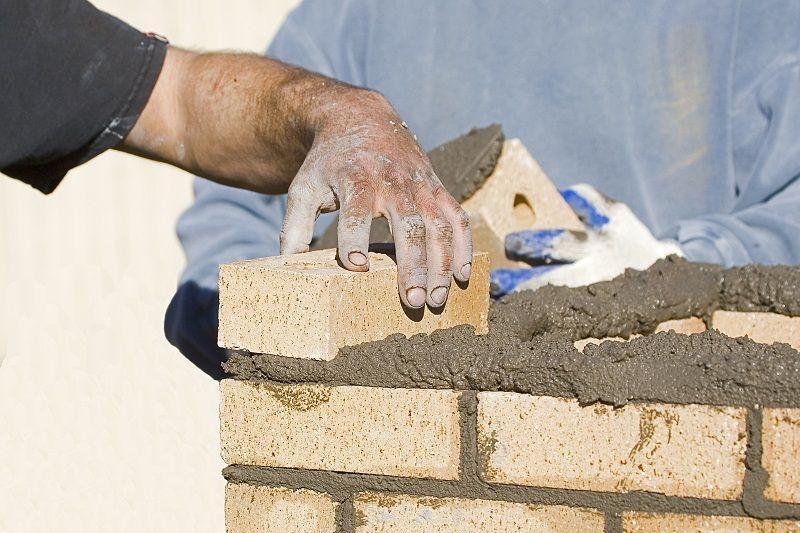 budowanie ściany